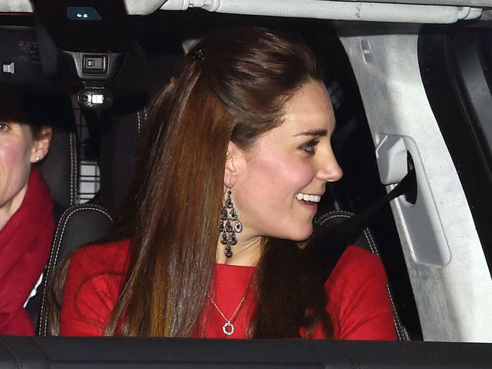 Kate Middleton Goes Festive For Christmas Lunch At Buckingham Palace