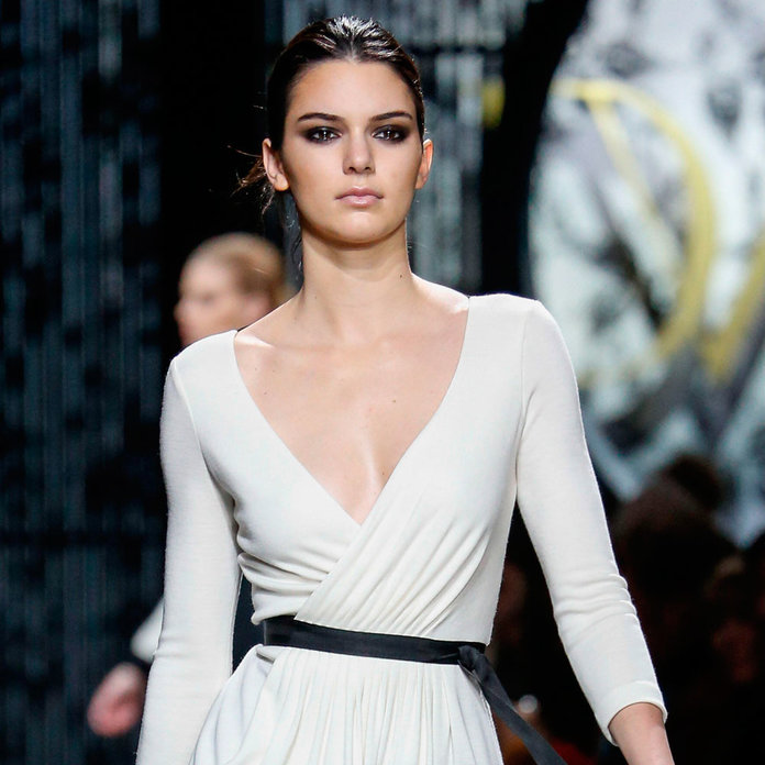 Do These Insta-Comments Prove That Kendall Jenner IS Being Bullied Backstage?