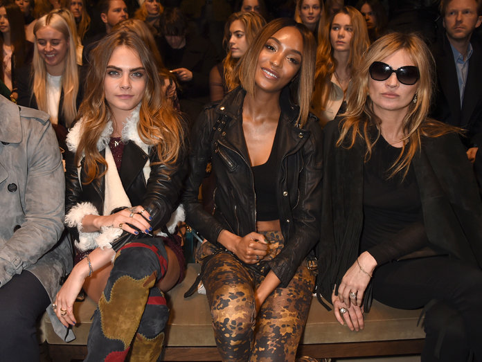 A FROW Sing-A-Long With Kate Moss And Fringed EVERYTHING: Burberry AW15 In A Nutshell