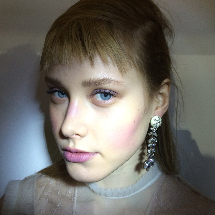 5 Beauty Looks From London Fashion Week And How To Get Them...