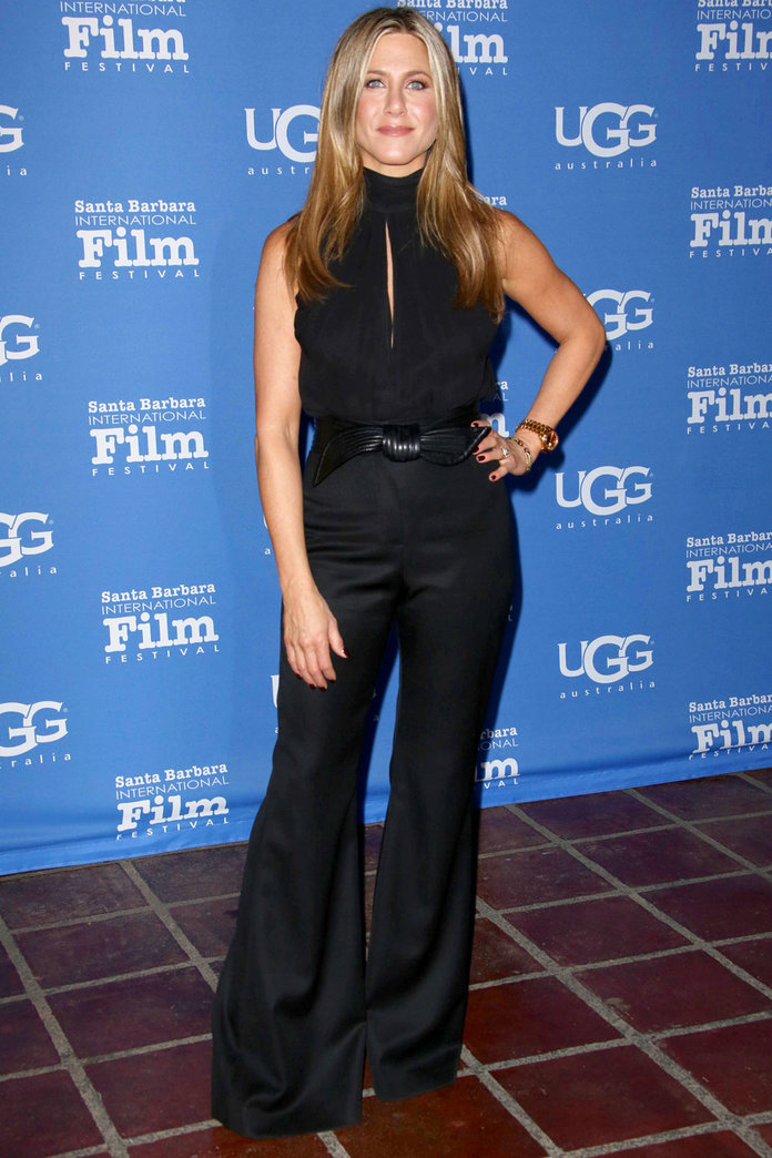 Jennifer Aniston Knows How To Work The 70s Trend In Flares
