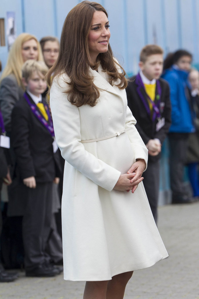 Kate Middleton Wraps Up Against The Cold Weather In A Gorgeous Coat