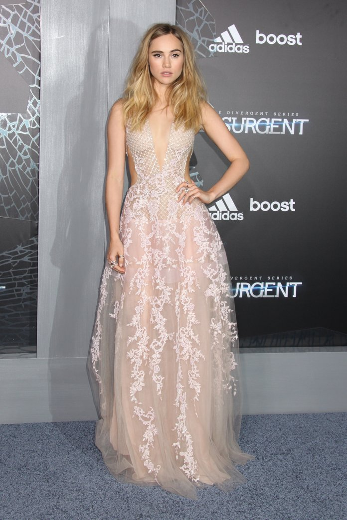 Suki Waterhouse's Hollywood Transformation Is Now Complete...