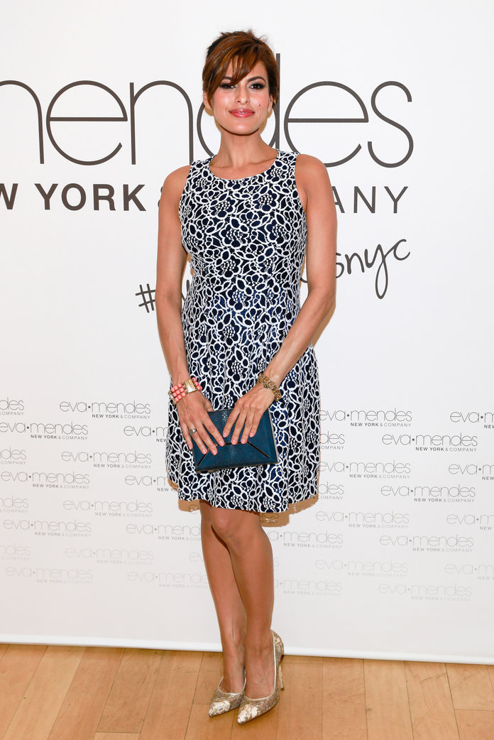 Eva Mendes Proves She's A VERY Thrifty Shopper With This £4 Red Carpet Outfit