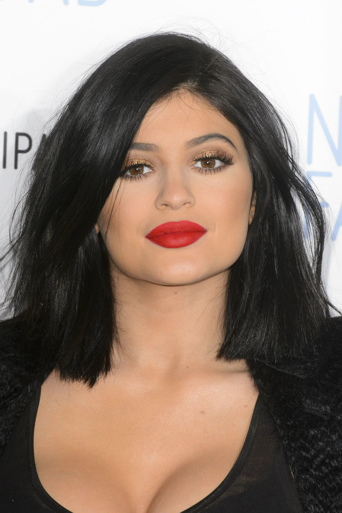 Kylie Jenner Spends FORTY MINUTES Making Up Her Lips: Here Are 7 Things You Could Do Instead