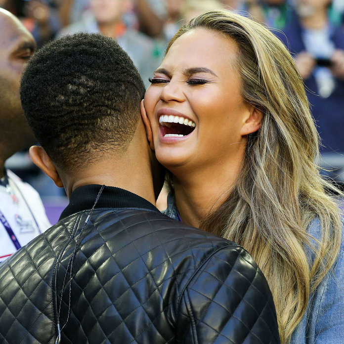 15 Reasons We Want Chrissy Teigen To Be Our BFF