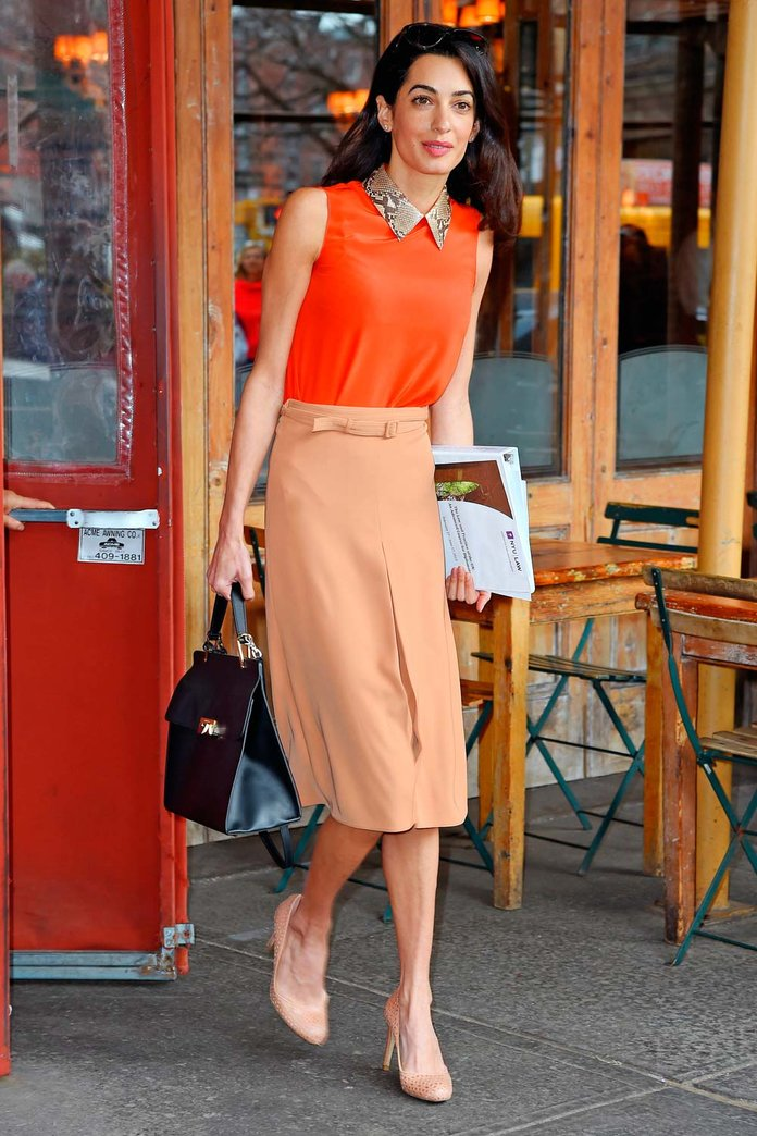 Amal Clooney Proves You Don't Have To Dress Like A Student To Be One