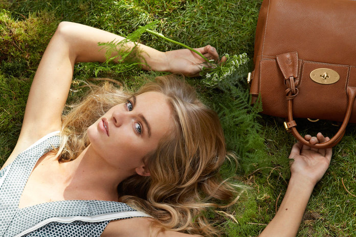 6 Times Cressida Bonas Is A Summer Style Pin-Up In Mulberry's New Campaign