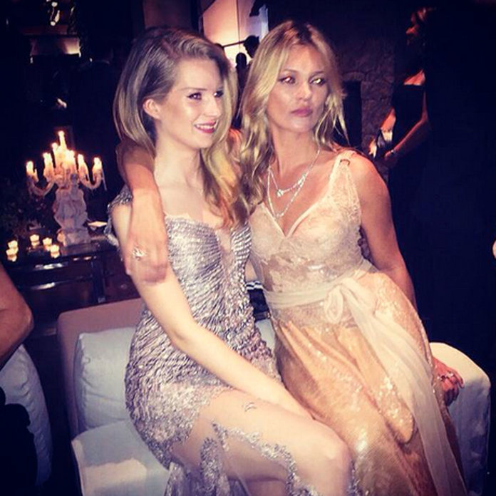 kate moss and lottie moss are model sisters at the amfar