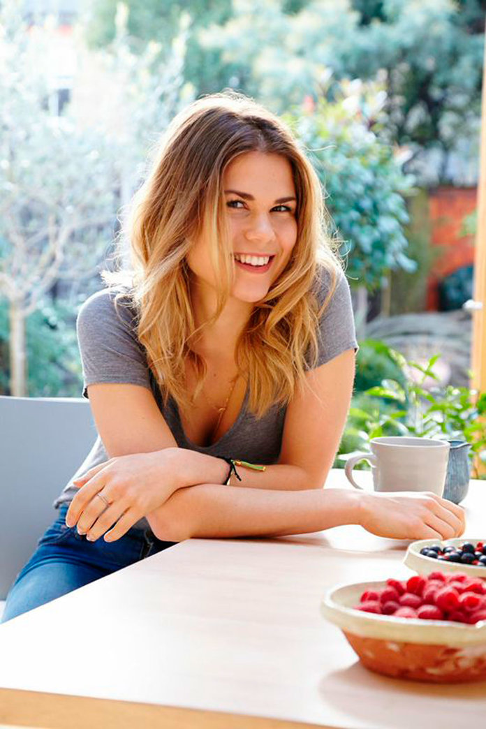 How To Get A Flat Stomach By Madeleine Shaw