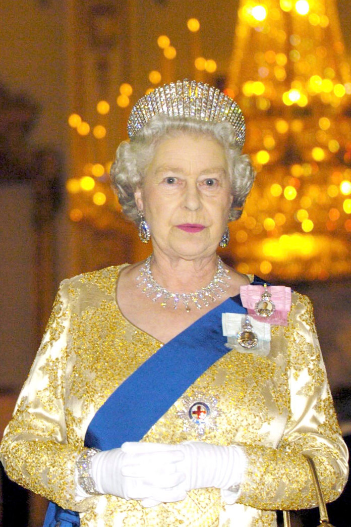 9 Reasons Why The Queen Is, Like, SO Next Season