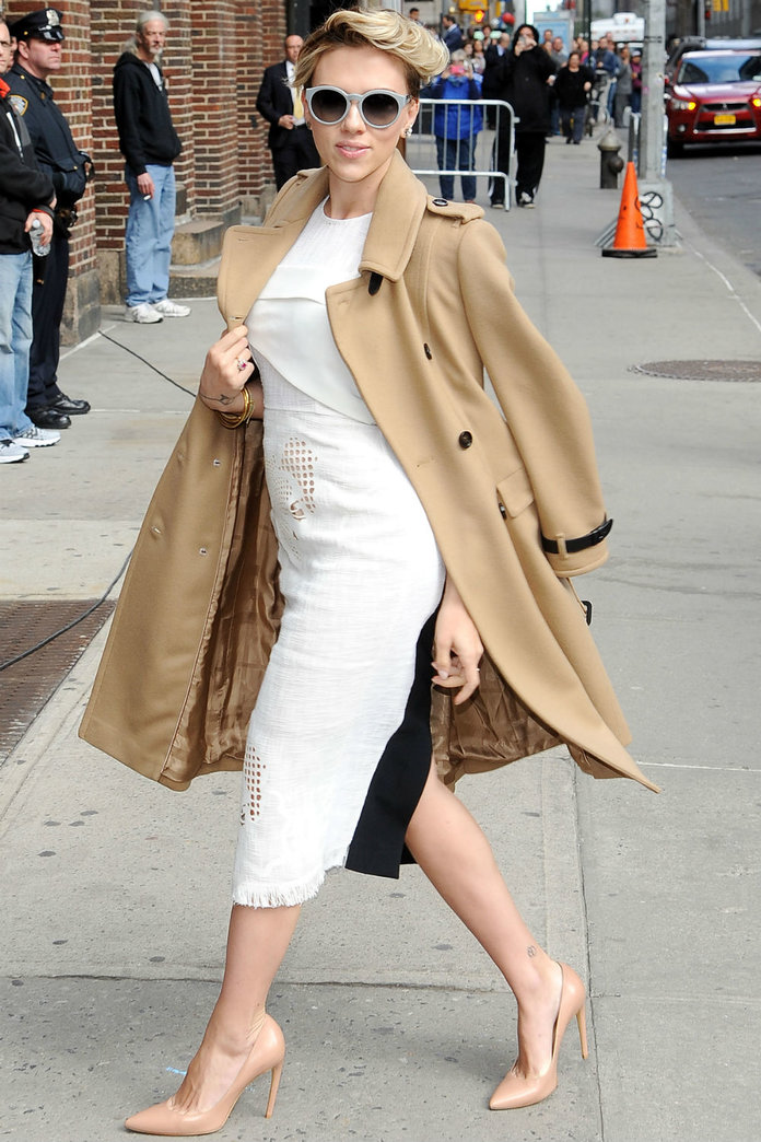 Scarlett Johansson Gives Us A Camel Coat Master Class  - And We Crush. Hard.