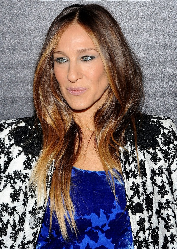 SJP Expertly Shows How To Clash Your Prints Without Looking Like An Art Teacher