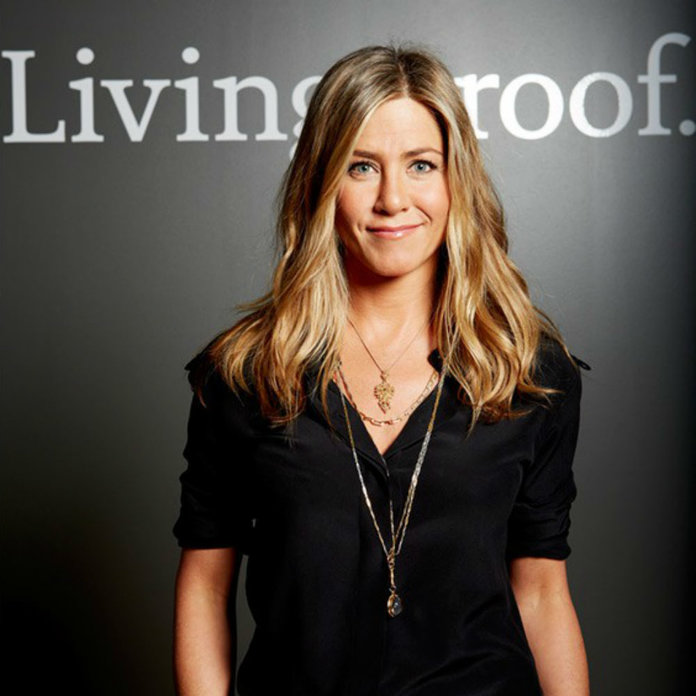 Jennifer Aniston Makes Her Social Media Debut With The Greatest Throwback Snap Imaginable