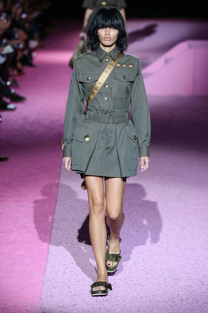 The 5 Key Investments To Tap Into Spring's Military Trend