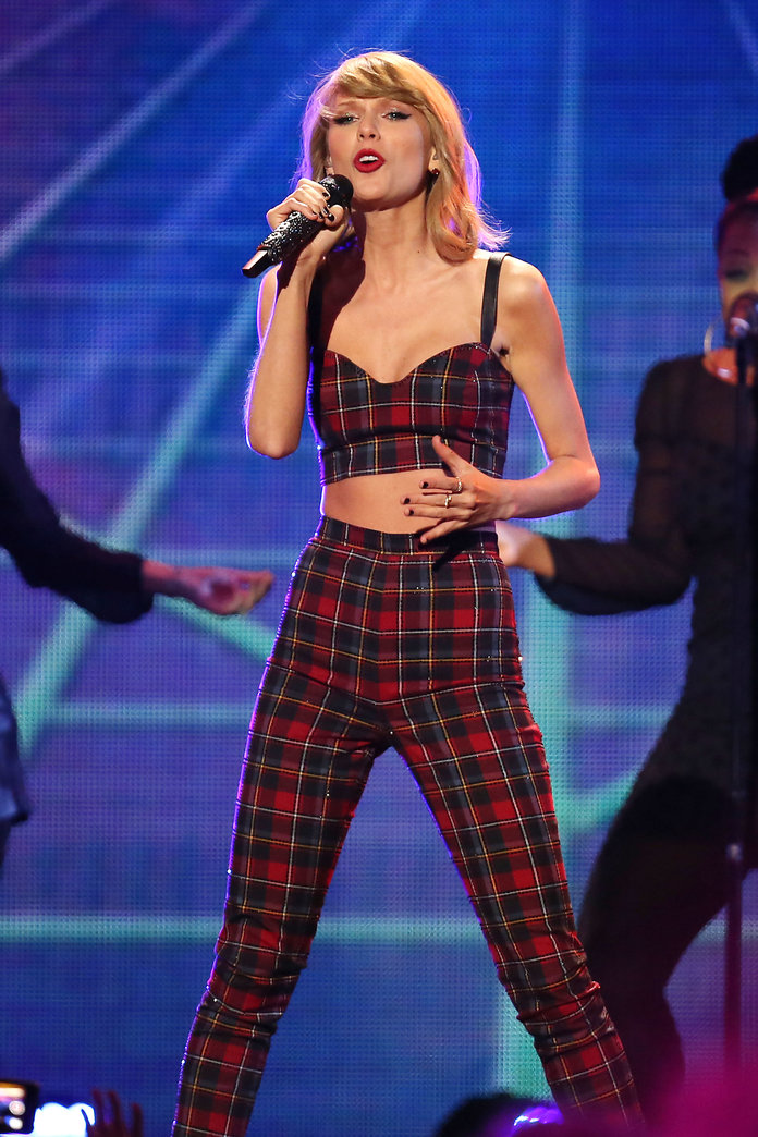 Taylor Swift Says She 'Loves Scottish People' - Here's How She Can Prove It