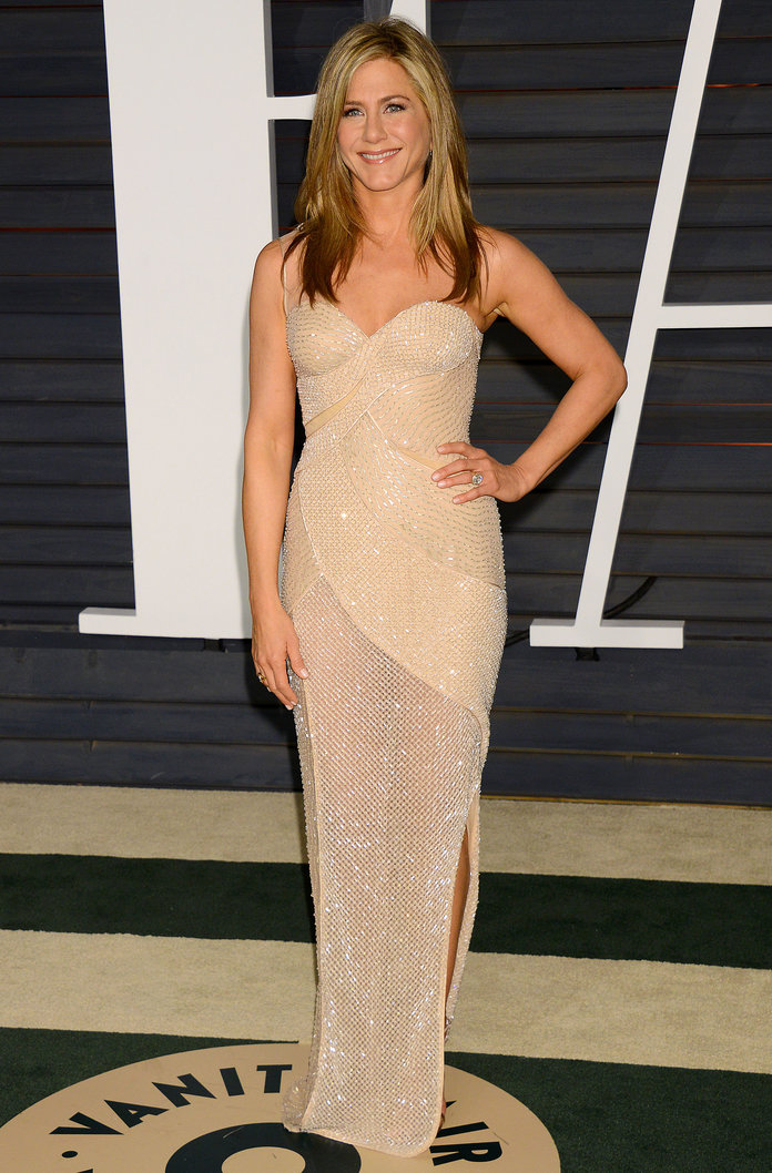 Jennifer Aniston Is Penning Her Own Cookbook (Which We're ALL Going To Buy)