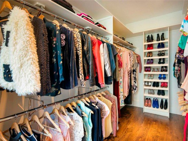 Celebrity Wardrobes Pictures To Make You Drool