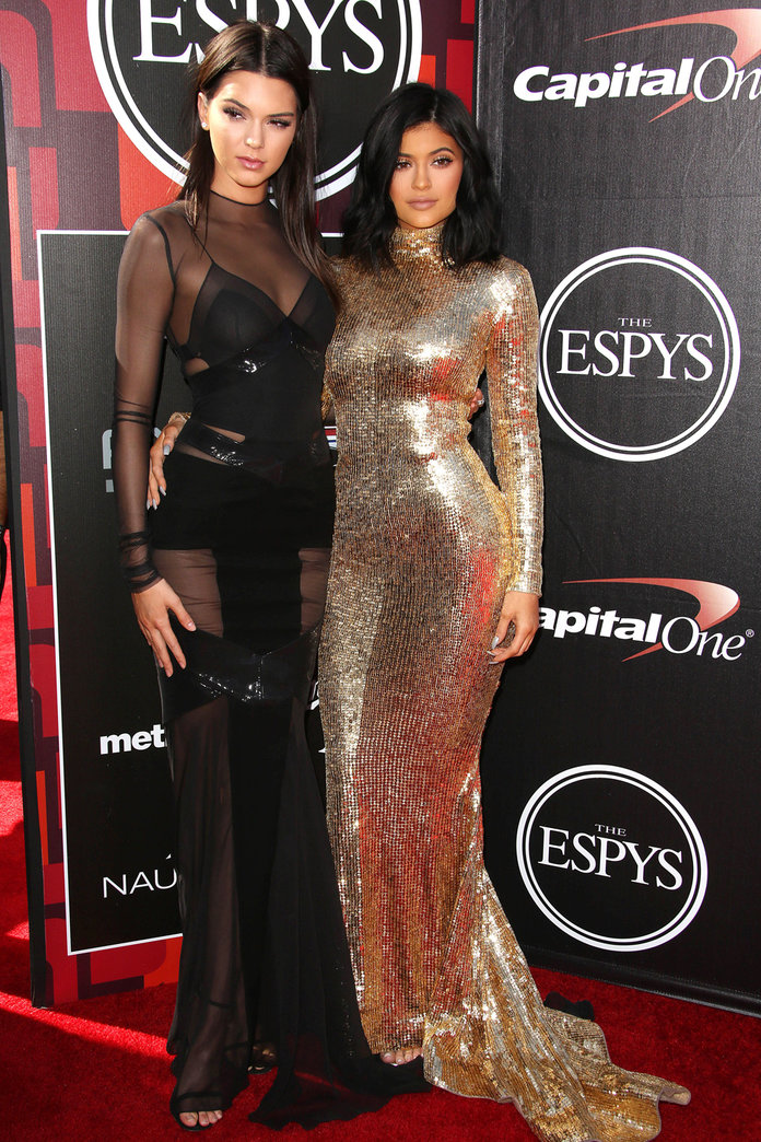 Kendall And Kylie Jenner Give Us MAJOR Dress Envy At ESPY Awards