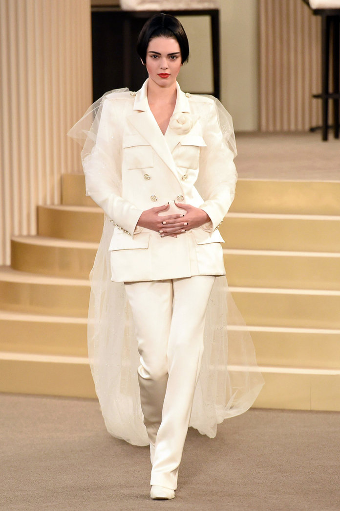 Who's That Girl? Kendall Jenner Is Unrecognisable At Chanel Show