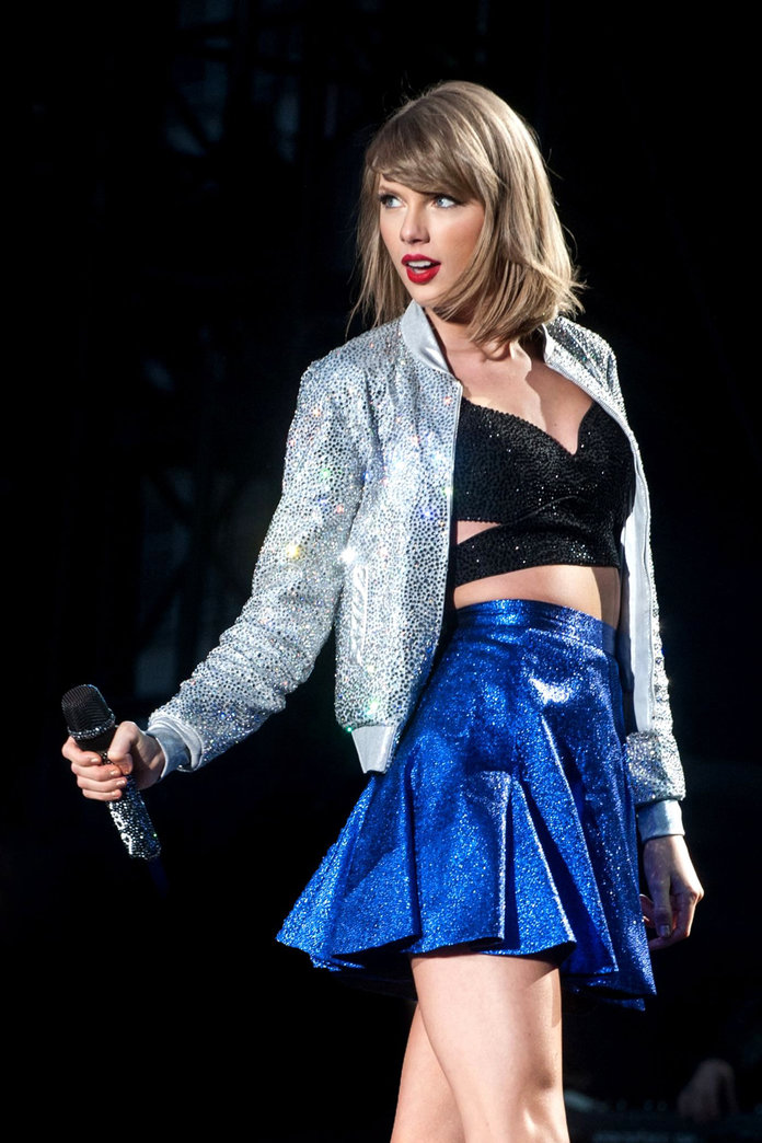 Taylor Swift Has Opened Up About Her Latest Fashion Obsession...