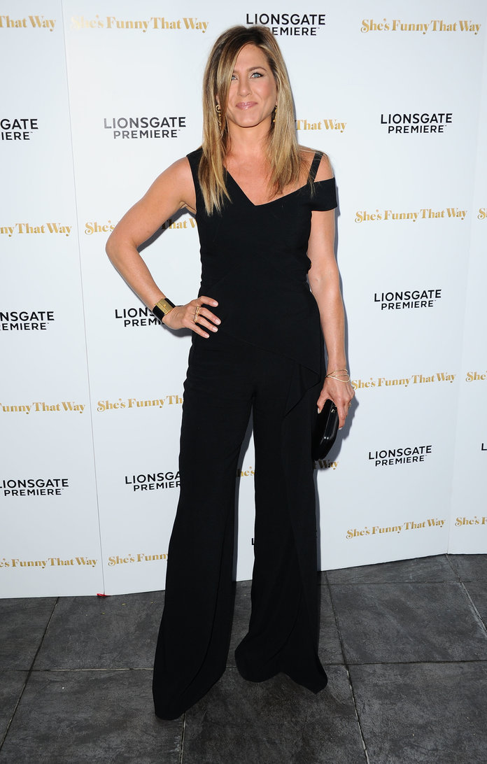 Jennifer Aniston Is Back From Honeymoon, Flashing Her Wedding Ring For All To See