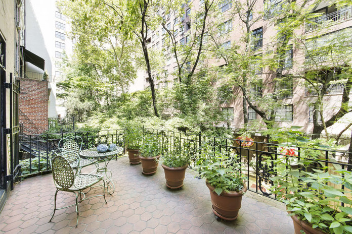 Marilyn Monroe S New York Home Is Now For Rent Instyle Co Uk