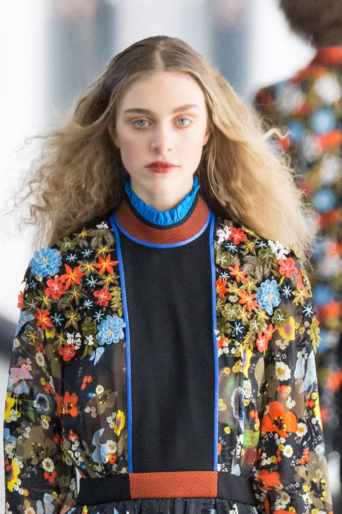 Can Crimped Hair Ever Look Current Again?  Stella McCartney thinks so.