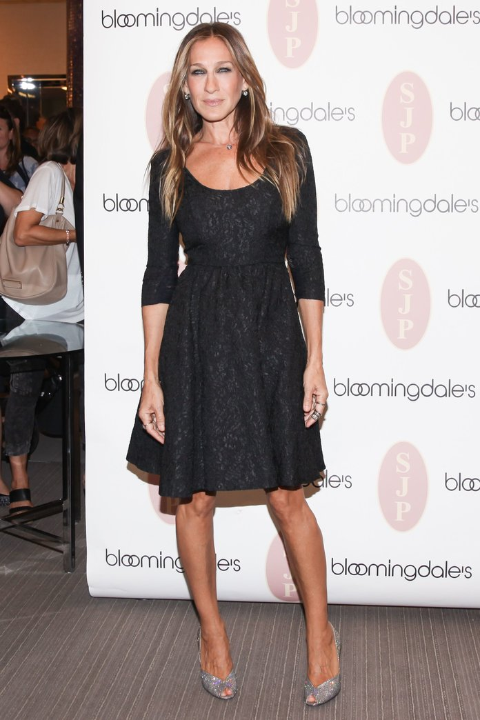 Sarah Jessica Parker Breaks A Cardinal Fashion Rule (But Totally Pulls It Off)