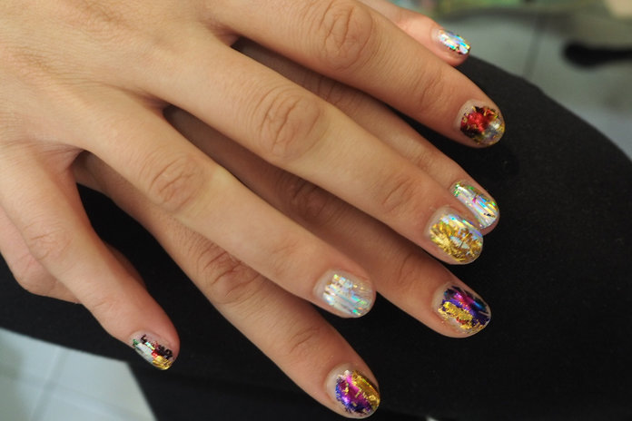 3 Reasons You Need To Fastrack The Metallic Nail Trend Now
