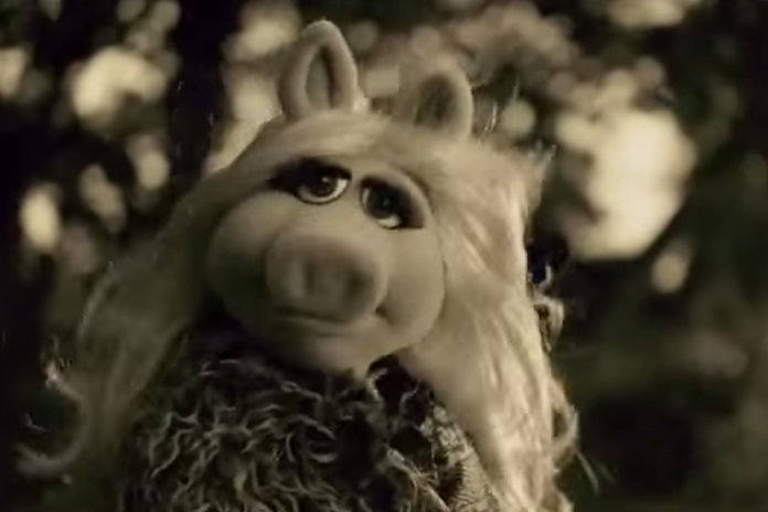 Is Miss Piggy Fighting For Her Frog?! Watch Her Cover Adele's 'Hello'