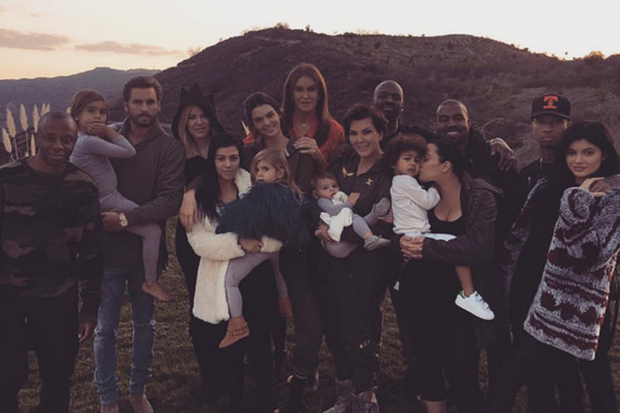 13 Surprising Things We Didn't Expect From The Kardashian Thanksgiving Snap