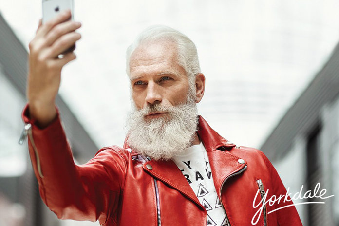 Even Justin Bieber Is Losing His Mind Over This Hipster 'Fashion Santa'