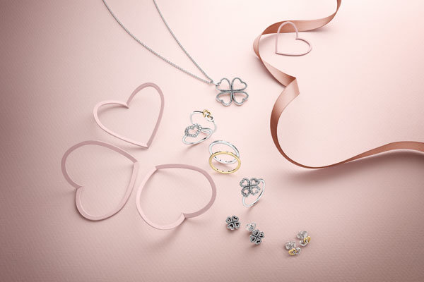 It's almost Valentine's Day! Here's The Jewellery We Really Want
