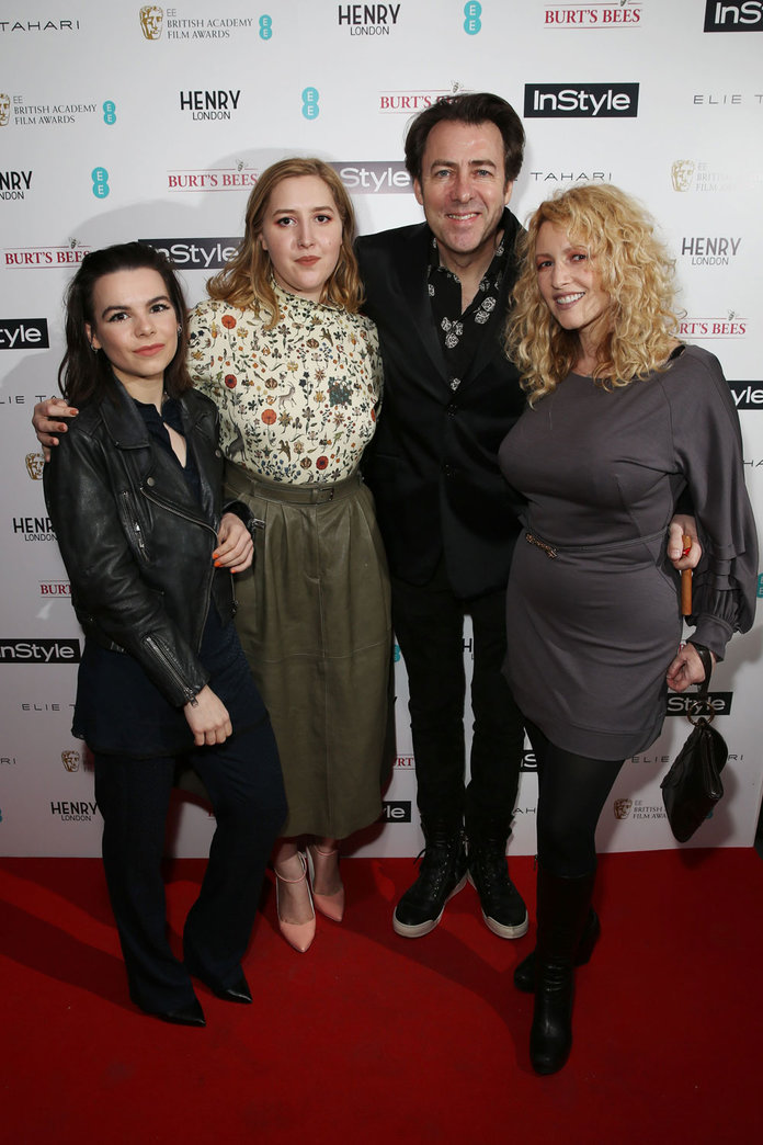 BAFTA Judge Jonathan Ross Steps Out With His Fabulous Family