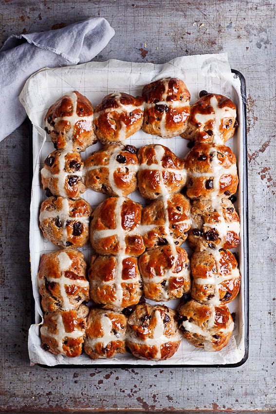 How To Make Elly Pear's Chocolate Hot Cross Bun Puddings