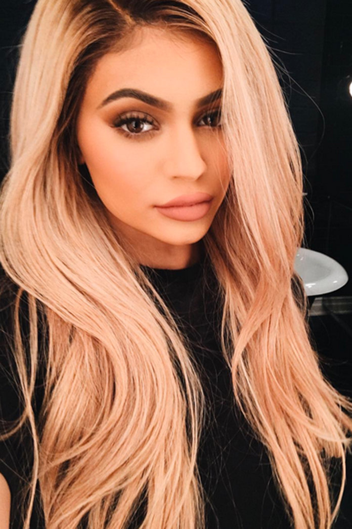 Kylie Jenner Dyes Hair (Again), World Goes A Bit Bonkers