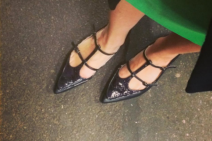 Women Sent Home For Wearing Flats To Work And IT'S NOT EVEN ILLEGAL