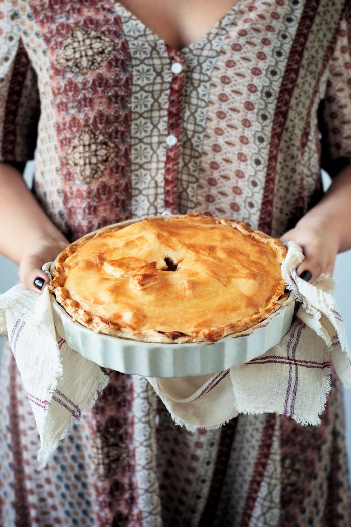 MAKE: Tanya Burr's Mouth-Watering Apple Pie Recipe (That's Not Just For Sundays)