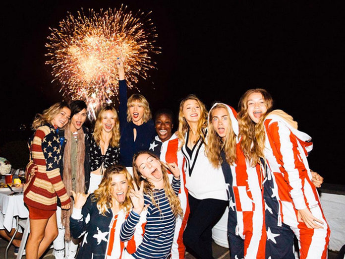 29 Questions We Have About Taylor Swift's 4th July Instagram
