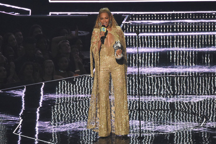 VMA 2016: Beyoncé, Britney And All The Very Best Bits From The VMAs