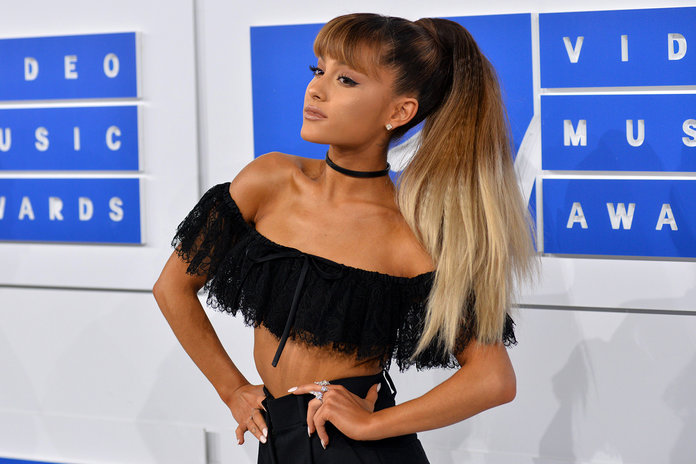 Ariana Grande Gave Her Ponytail An Epic Upgrade