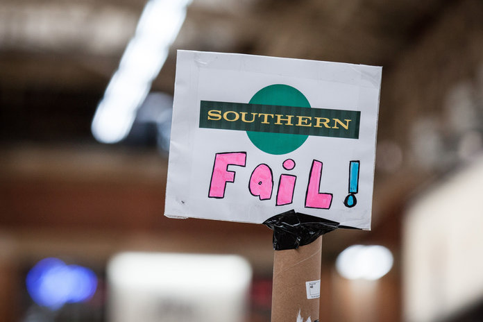 Hate Southern Rail? 22 Things You Only Know If You're A Struggling Southern Passenger