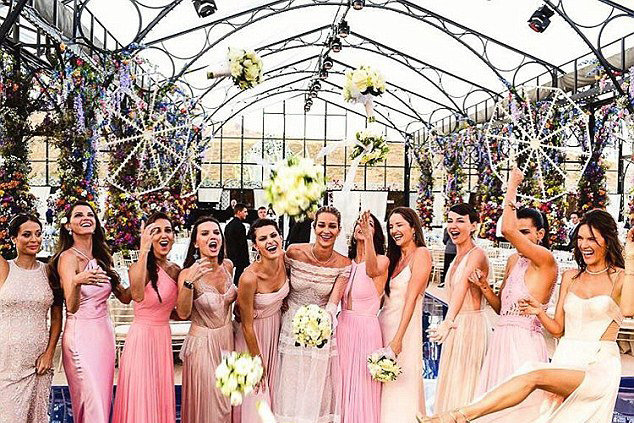 The One App You Need For Finding The Perfect Bridesmaid Dress