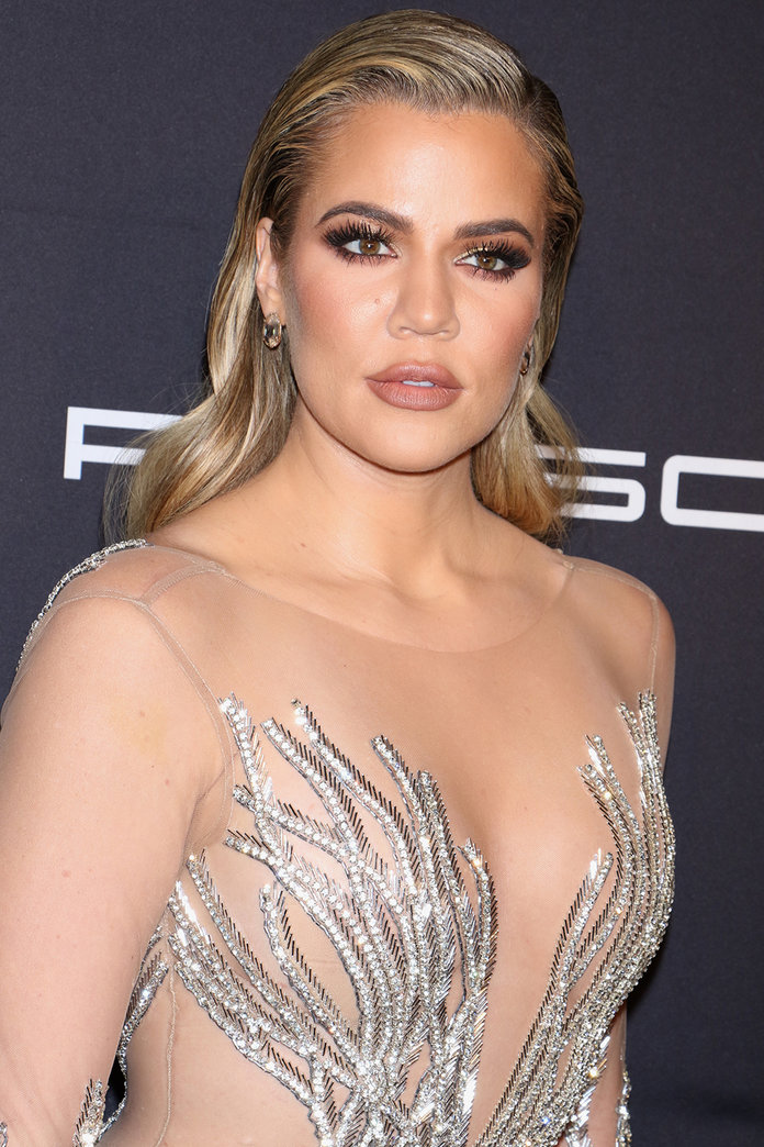 Khloé Kardashian Pulls A Kendall, Covering Her Nipples With Heart Emojis