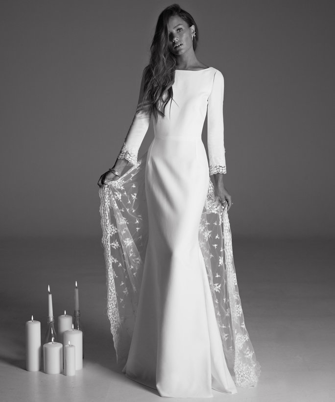 This Is What the Perfect Winter Wedding Dress Should Look Like