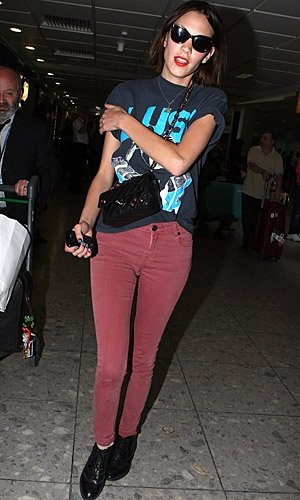 GET THE LOOK: Celebs In Coloured Jeans