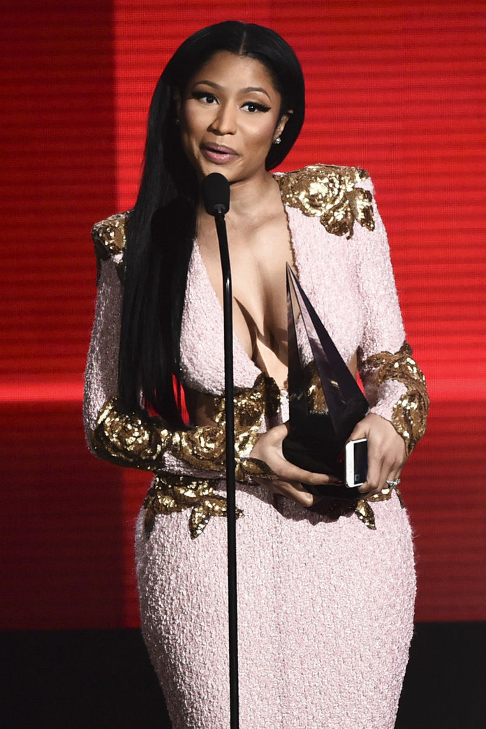 American Music Awards 2015: All The Backstage Action You Need To Know