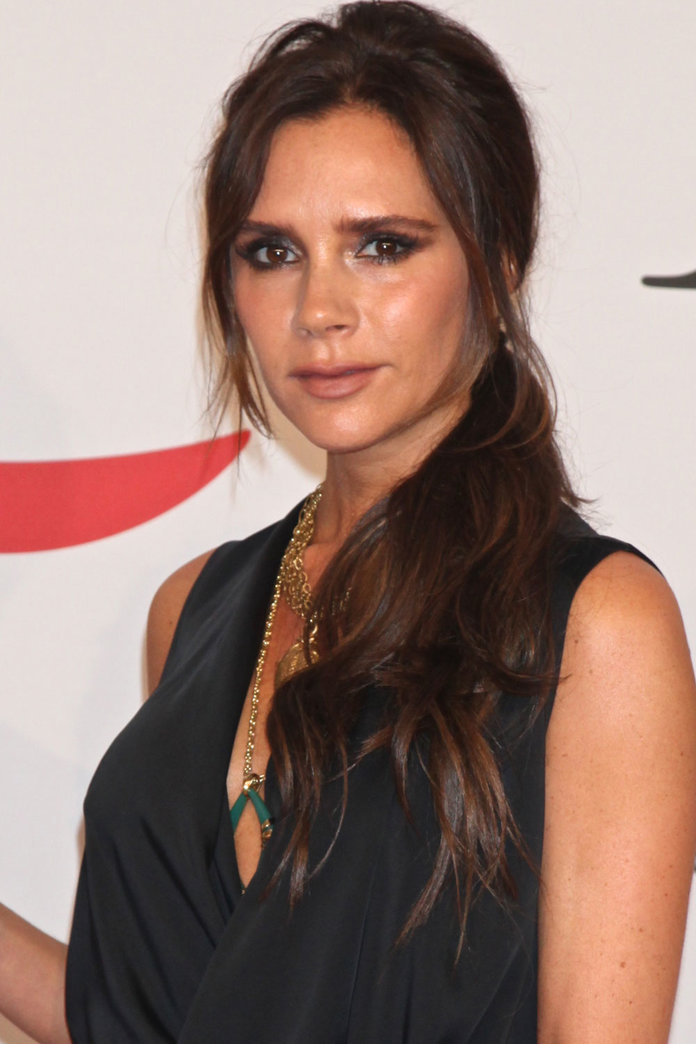 Victoria Beckham Hairstyles: The Most Memorable To Date ... Victoria Beckham