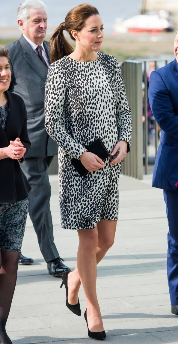 Kate Middleton Recycles a Dalmatian-Print Maternity Look for an Art Gallery Visit